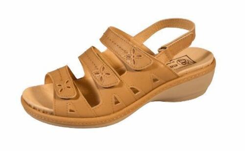 DB Shoes Easy B Penny Sand Wide Leather Sandals UK 7 or 8  RRP £69 EE to 4E