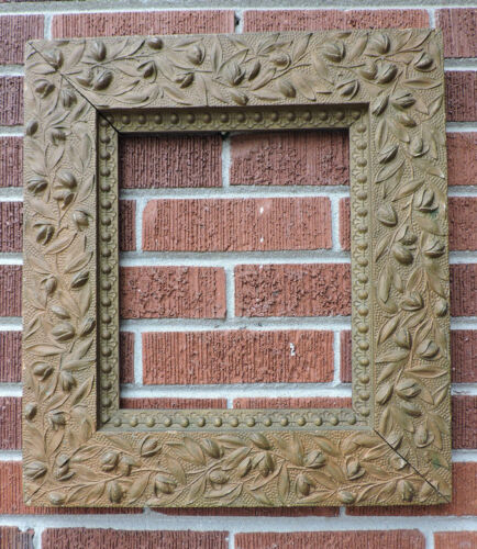 Antique AESTHETIC MOVEMENT High Relief Compo BUDS & Leaves FRAME 10 x 12 c1870s