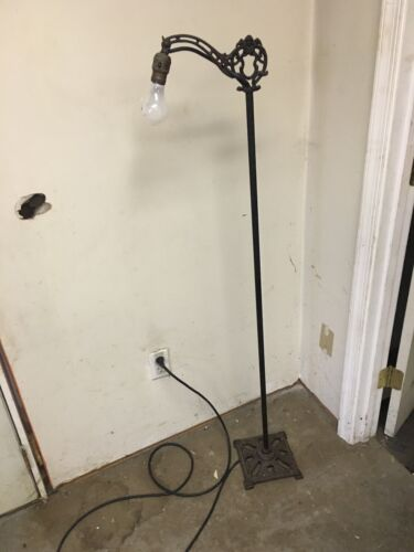 ANTIQUE VINTAGE MISSION GOTHIC  GOTH MAIDEN FLOOR LAMP W/CAST IRON BASE & ARM