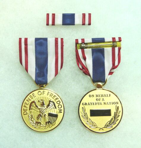 Department of Defense, Defense of Freedom Medal, Civilian Purple Heart, set of 2Medals & Ribbons - 36069