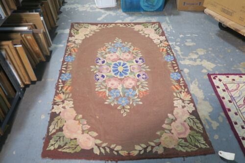 Primitive Antique American Hand Hooked Rug 4' x 5'9 on burlap Floral Shabby