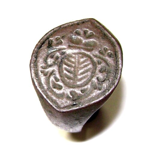 Ancient RARE Medieval BRONZE Heraldic seal ring with FLORAL DECORATION on bezel