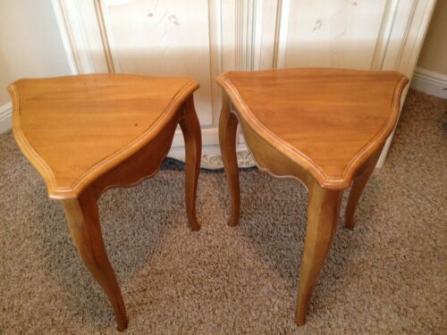 Ethan Allen French Country Style Carved Wood Corner End Tables (Pair 2) Vintage