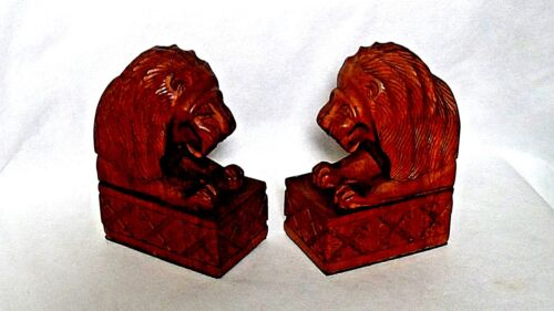 ANTIQUE ENGLISH SOLID WOOD HAND CARVED LIONS BOOKEND SET