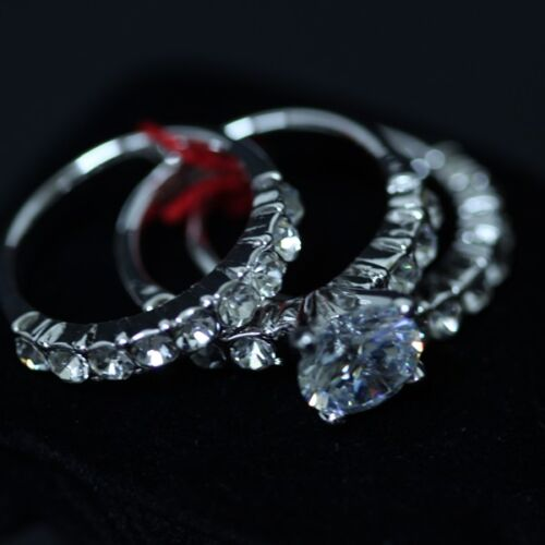ELEMENTS CRYSTAL Simple Classic Three Rings White