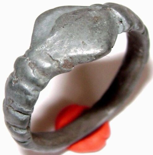 Ancient RARE Viking bronze cast ring.