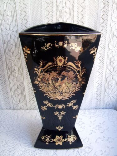 """* 15 1/2"""" CHINESE PORCELAIN BLACK AND GOLD VASE/ UMBRELLA STAND WITH PEACOCKS *"""