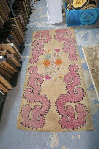 """Primitive Antique American Hand Made Hooked Rug 2'8 x 5'10"""" Abstract"""