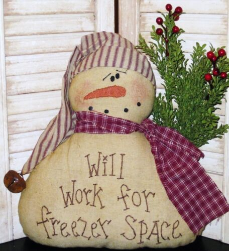 PRIMITIVE COUNTRY SNOWMAN TEA DYED MUSLIN  WILL WORK FOR FREEZER SPACE ap