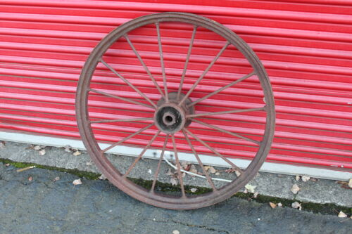 """LARGE Antique Wagon Tractor Wheel Metal 16 Spoke 37"""" Tall Country AmericanaDecor"""