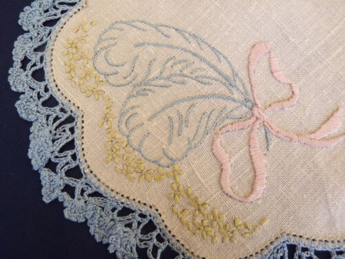 FEATHERS & FANS Blue Vintage Hand Embroidered Duchess Set