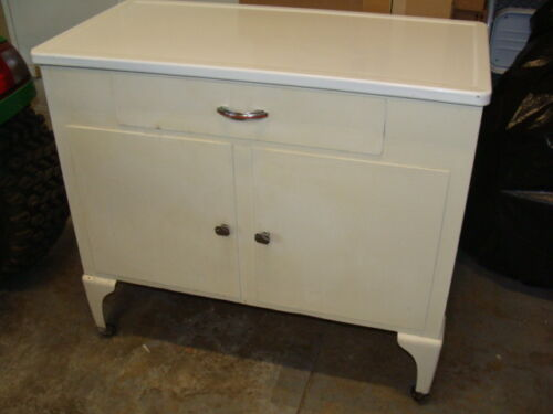 INDUSTRIAL VINTAGE ANTIQUE METAL ENAMEL TOP MEDICAL CABINET DOORS DRAWER