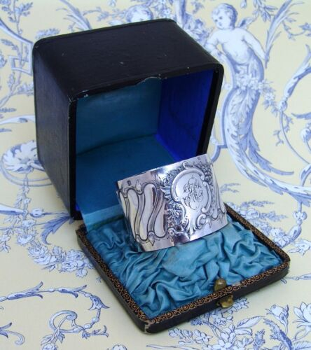 French Baroque Napkin Ring Boxed Victor Dudiez 950 Sterling Silver 1885