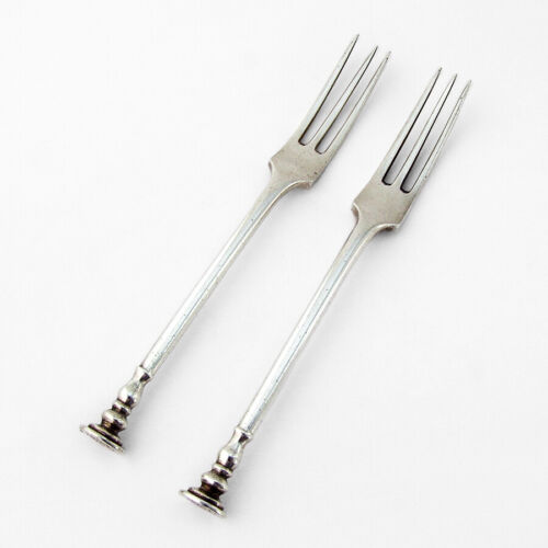 Seal Top Three Tine Forks 2 Sterling Silver Mappin and Webb 1919