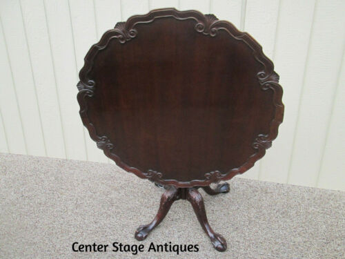 58390   Solid Mahogany Tilt Top Pie Crust Folding Lamp Table stand