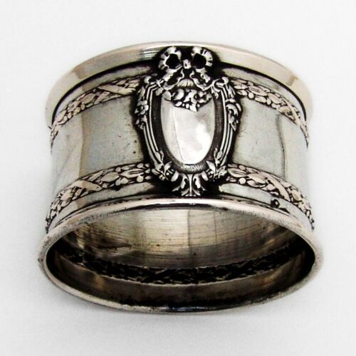 Louis XVI Style Napkin Ring Pierre Bezon 950 Sterling Silver 1913 France