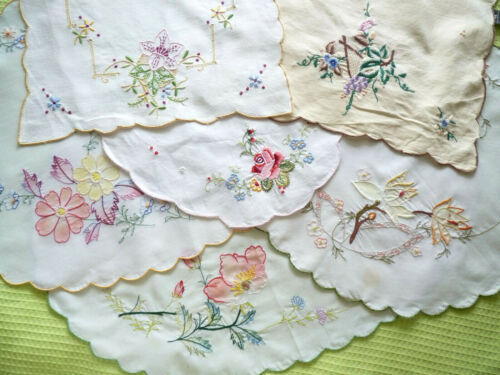 DAINTY PINK LILY Hand Embroidered Linen Tray Cloth or Large Doily VINTAGE