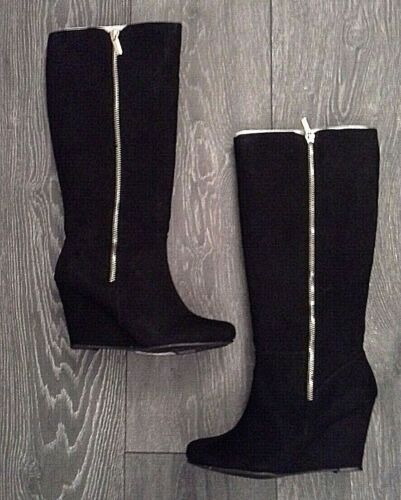 LIPSY SIZE 4 BLACK & GOLD ZIP TRIM SUEDE KNEE HIGH LONG WEDGE BOOT @ NEXT £89