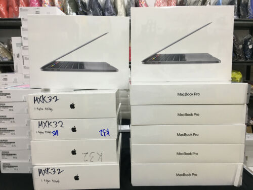 "New Apple Macbook Pro 2020 13.3"" 256gb 1.4 ghz Agsbeagle <br/> Latest Macbook from Apple, One Year Apple Warranty"