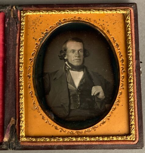 1/6 PLATE DAGUERREOTYPE GEO. S. EABY, M. P. SIMONS, 4/10/1846, PHILA., NO WIPES <br/> RARE PAPER LABEL w. SITTER'S NAME + DATE WRITTEN IN INK
