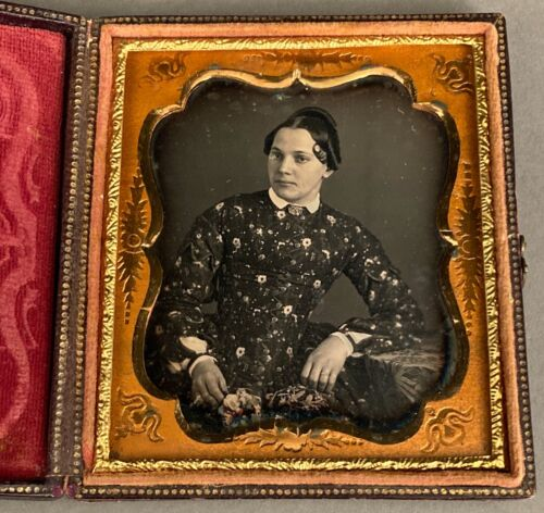 1/6 PLATE DAGUERREOTYPE YOUNG WOMAN w/ BOUQUET OF FLOWERS, by KEENAN, PHILAD'A