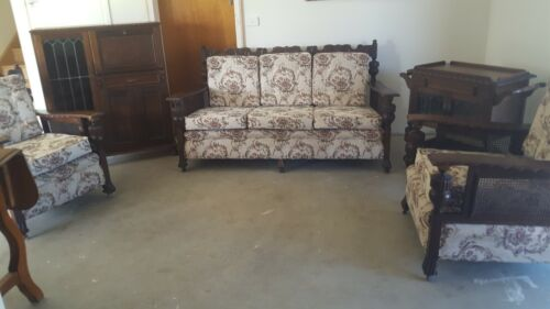 jacobean furniture 5 piece setting
