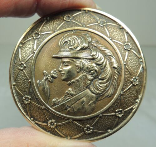 ANTIQUE BRASS PICTURE BUTTON ~ LADY CAMEO IN FEATHER HAT WITH A ROSE