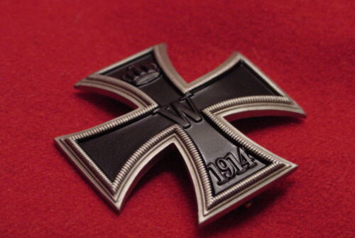 """GERMAN WWI IMPERIAL / PRUSSIAN IRON CROSS 1st CLASS - """"NICKEL SILVER"""" - VAULTEDGermany - 156409"""