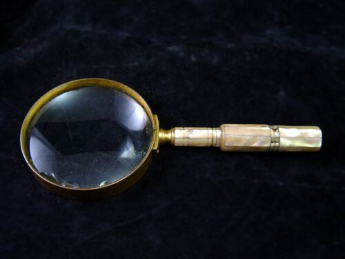 ANTIQUE COLMONT MAGNIFYING GLASS W/ MOTHER OF PEARL HANDLE 1800's PARIS FRANCE