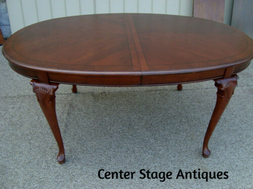 """00001 Solid Mahogany KIMBALL Furniture Dining Table w/ NO leafs  68"""" x 44"""" top"""