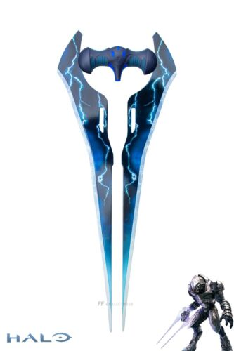 HALO – THE TYPE-1 ENERGY SWORD (LIFE SIZE METAL REPLICA with WALL PLAQUE)