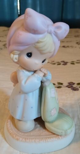 """1999 PRECIOUS MOMENTS """"My Life Is A Vacuum Without You"""" Figurine ...NICE!"""