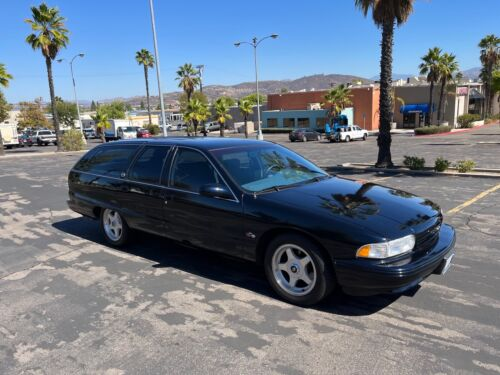 1995 Chevrolet Caprice SS 1995 Chevrolet Caprice Wagon Blue RWD Automatic SS