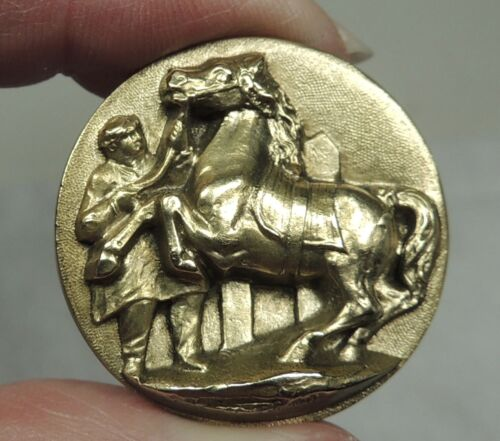 ANTIQUE BRASS PICTURE BUTTON ~ MORGAN PRIZE WINNING HORSE SHOW