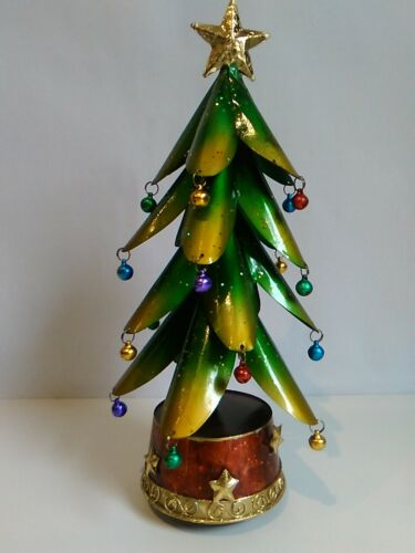 30cm Metal Musical Christmas Tree - Wind up plays We wish you a Merry Xmas VGC