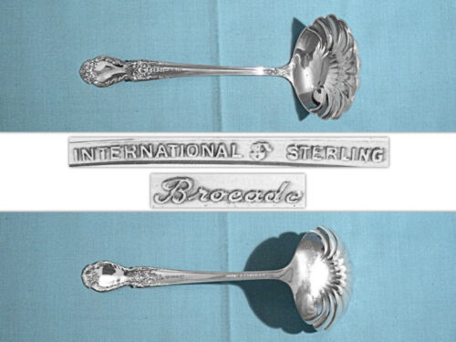 INTERNATIONAL STERLING GRAVY LADLE ~ BROCADE ~ NO MONO