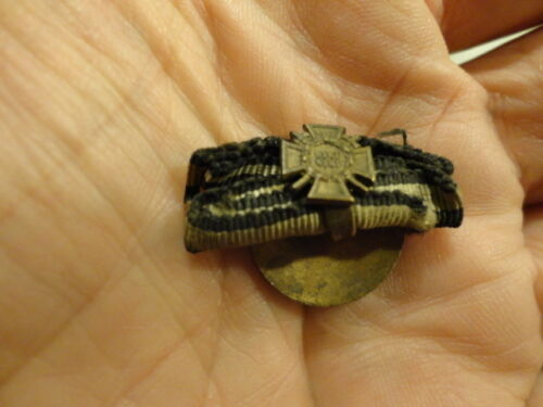 WWI Hindenberg Cross Button Hole Ribbon / COOL PIECE!!Medals, Pins & Ribbons - 156396