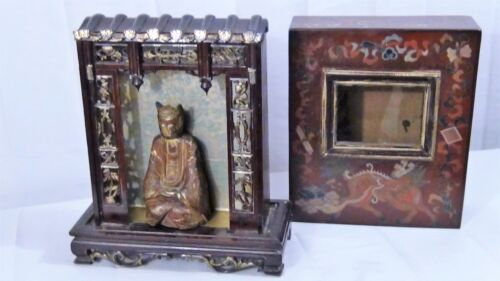 ANTIQUE 19C WOOD HAND CARVED REMOVABLE TOP CASE SHRINE WITH GILT SEATED BUDDHA