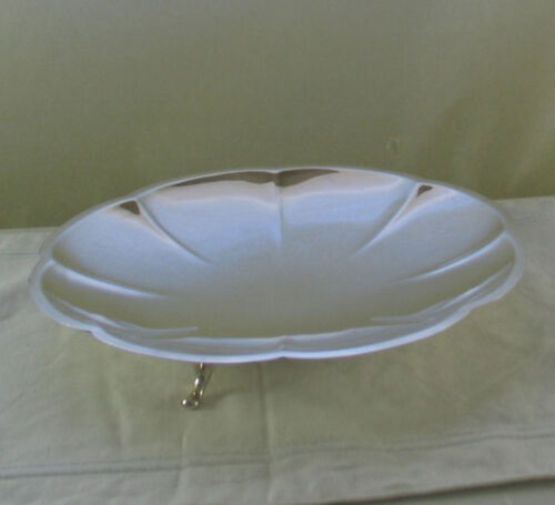 Silver Cake /Fruit Dish on Feet, Fluted