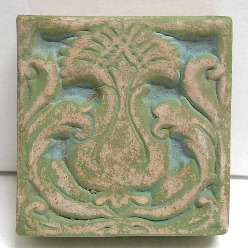 Batchelder Vintage Tile with Pineapple/Blue with Green California