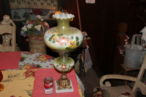 Vintage Gone With The Wind Table Lamp-GWTW-Green W/Painted Flowers-Lovely