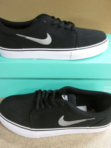 nike SB satire canvas mens trainers 555380 001 sneakers shoes