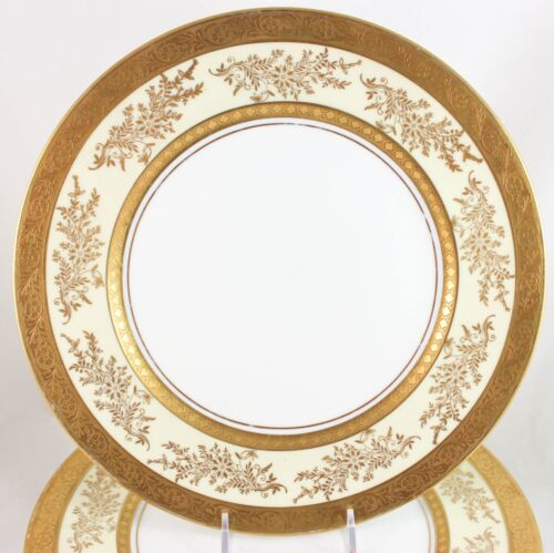 FULL SET 12 DINNER PLATES RAISED GOLD ENCRUSTED HUTSCHENREUTHER ROYAL BAVARIAN