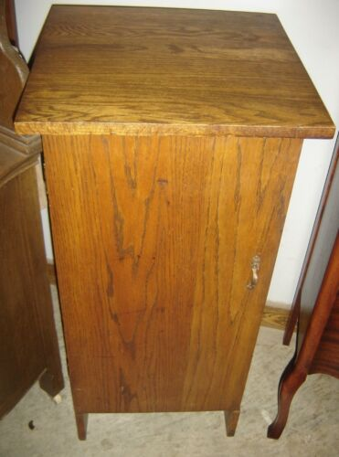 Antique Oak Music Cabinet, Victrola or Gramophone Stand.   7507