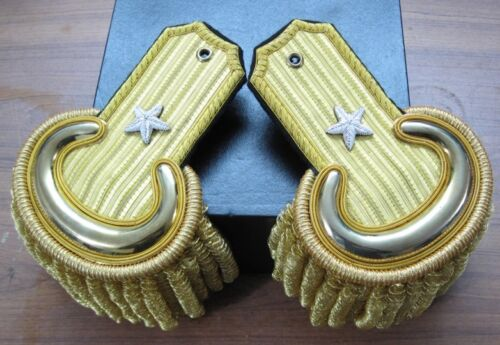 Civil War Brigadier General Embroidered Shoulder Epaulets w/CaseOther Civil War Reproductions - 13961