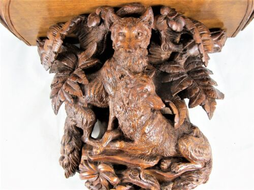 BLACK FOREST WALL BRACKET, FINELY CARVED FOXES WITH FOLIAGE C 1880'S