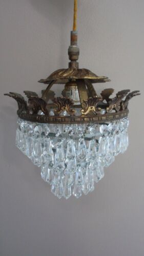 VINTAGE GOLD GILT BRASS 4 TIER CRYSTAL PRISMS WEDDING CAKE CHANDELIER LIGHT
