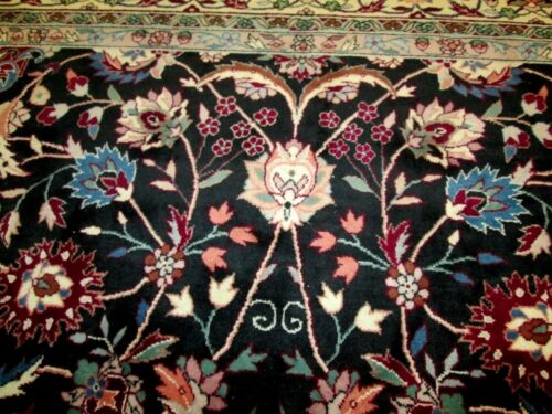 BELOW COST ! ORIENTAL RUG DIRECT FROM LOCAL ESTATE FINELY WOVEN ALLOVER DESIGN