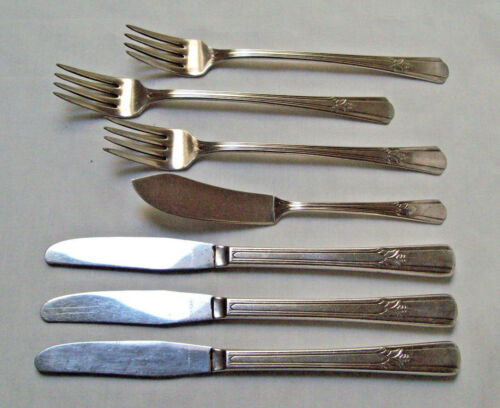 Wm Rogers Mfg Co Silverplate 1939 SOVEREIGN 7 Lot Grille Knives & Forks & Butter