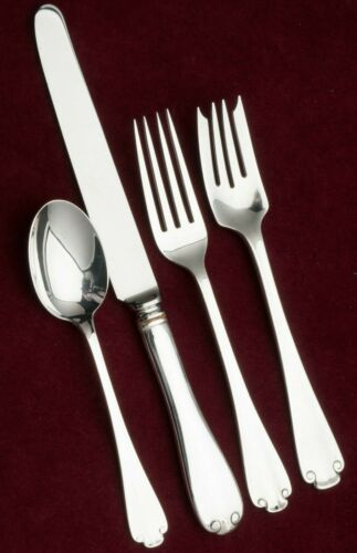 Flemish by Tiffany & Co. Sterling Silver Flatware 32 Piece Service for 8